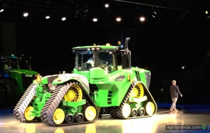 Показан прототип трактора John Deere 9RX