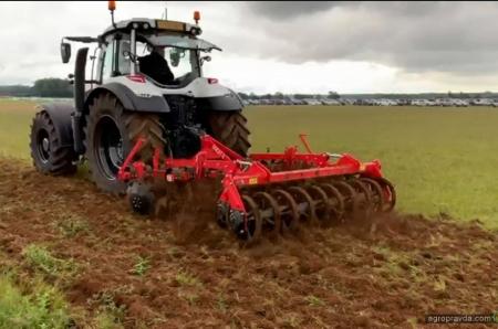 Украинскую сельхозтехнику представили в Великобритании