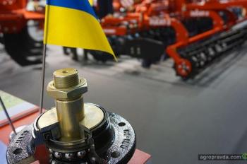 «ЛОЗОВСКИЕ МАШИНЫ» представили украинское сельхозмашиностроение на AGRITECHNIСA-2017