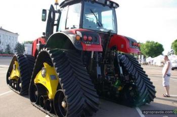МТЗ показал 4-гусеничный трактор