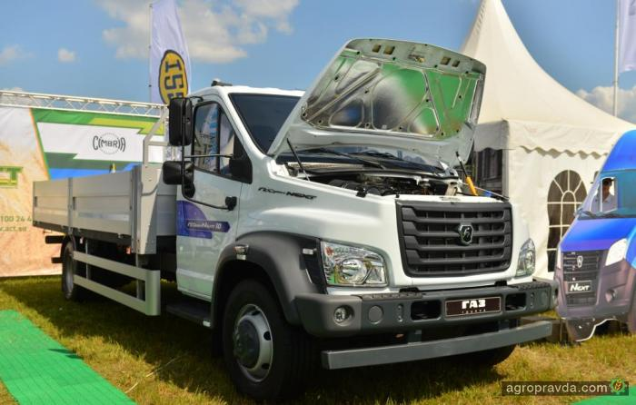 ГАЗ представил новые модели грузовиков для аграриев