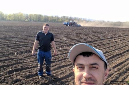 Новейшую сеялку LEMKEN Azurit 9 изучили 30 украинских хозяйств