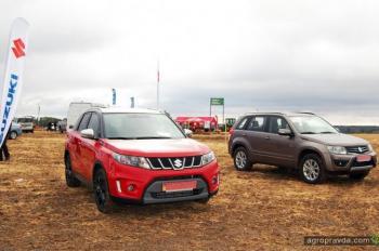 Внедорожники Suzuki на Битве Титанов. Фото