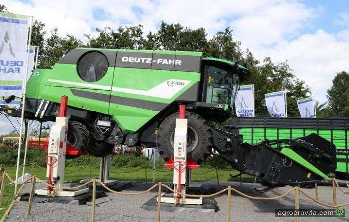 Deutz-Fahr представил новый комбайн серии C7000