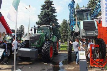Тракторы на выставке Агро-2015