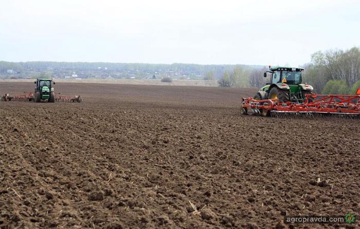 Сев ранних яровых в Украине тормозит погода