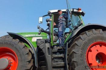 Первый Fendt 1050 в Украине прибыл к своему владельцу