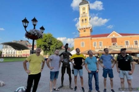Дилери Bednar в Україні: Динаміка росту вражає