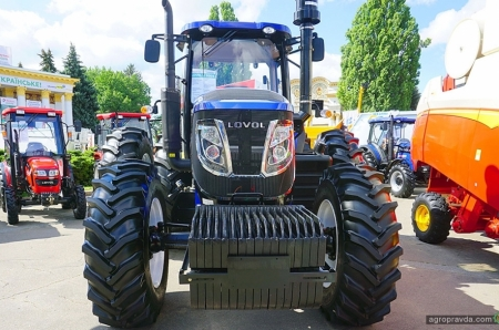 В Киеве представили 200-сильного флагмана тракторов Lovol. Фото