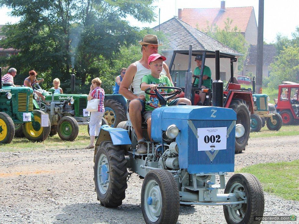 Лизинг   Продажа тракторов и спецтехники