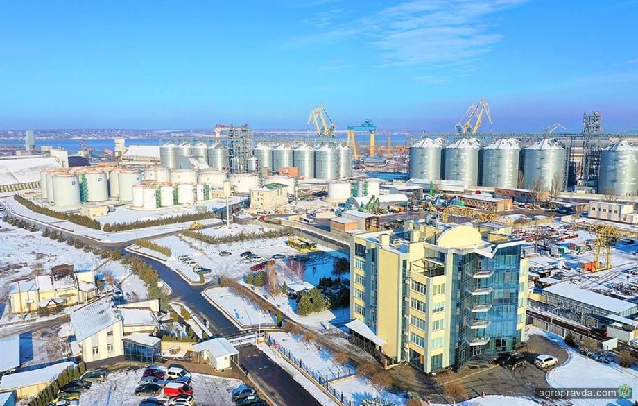 Порт «Ника-Тера» при форс-мажорных погодных условиях обработал 545 тыс. тонн грузов